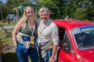 Olle Asplund, Waxholm, körde rallyt tillsammans med sin dotter Emelie Stareby, i en Volvo Amazon. Bilen är 50 år och har gått 150 tävlingar med samma kaross.