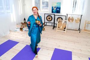 Tanja Dyredans hem och yoga-studio utanför Edsbro är källan till det nya liv som skapades efter utbrändhet, stroke och depression.