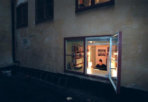 Horace Engdahl i sitt arbetsrum 1997. Foto: Anders Wiklund/SCANPIX   Code: 50030