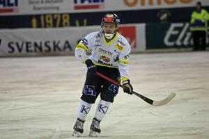 Tobias Andersson följer med Falu BS till allsvenskan.