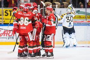 Mora tog hem segern efter straffar. Foto: Henrik Hansson