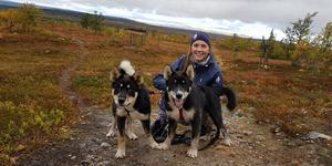 Robine Guldbrandsson bor i Lofsdalen, och hennes Team Vuaja är spridda från Stockholm till nordnorge. Foto: Privat