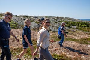 Kronprinsessan Victoria på landskapsvandring i Bohuslän.
