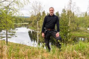 Jan-Olof Östberg är fiskerättsägare och ser stora problem för fisket om projektet med restaureringen blir försenat.