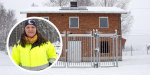 Ockelbo har en av Sveriges högsta vatten- och avloppsavgifter. Detta beror bland annat på det höga antalet vatten- och reningsverk samt det låga antalet anslutna kunder.