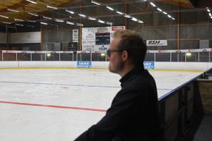 Ishallen i Säter, där har Jeff tillbringat många timmar. A-laget håller till i division 2.