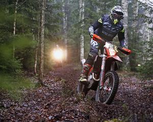 Bilden är från en laglig tävling i enduro i Vimmerby. Bild: Stefan Jerrevång / TT