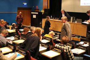 Analysen presenterades på mandatperiodens första kommunfullmäktige i Heby.