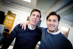 Sebastian och Hugo är uppväxta i Södertälje. En stad som betytt mycket för dem båda. Men det har varit en hård skola, menar Hugo.