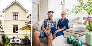 Anna Åkerlund och Erik Svensson stortrivs i den gamla villan i Kovland.