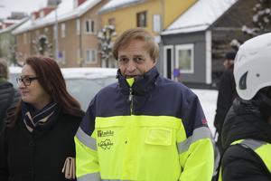 Den 20 december i fjol togs första spadtaget för nybygget bakom Systembolaget. Både marknadschefen Eva-Lena Gunningberg och vd Ulf Rosenqvist var på plats och nu kommenterar de det minskade söktrycket efter lägenheter.