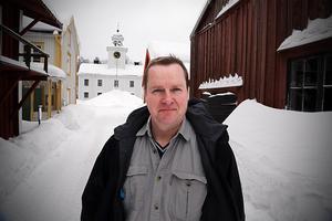 Gamla fina kulturbyggnader, som här på Murberget i Härnösand, utsätts för tuffa påfrestningar i ett förändrat klimat, konstaterar Ola George.