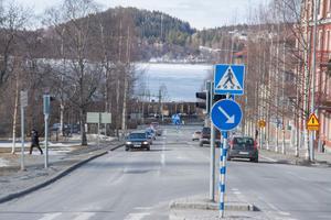 Det blev tvärstopp för beslut om utbyggnad av Storsjöstrand på tisdagen. Ett klubbat beslut skulle bland annat innebära att utsikten mot Storsjön kan komma att skymmas av höghus.