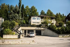 Det här huset på Själevadsgatan i Örnsköldsvik såldes för 4,8 miljoner kronor.