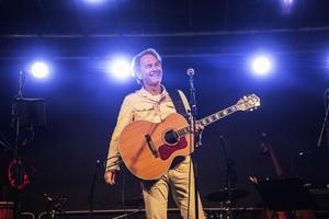 Tomas Ledin gör dubbla konserter på hemmaplan.