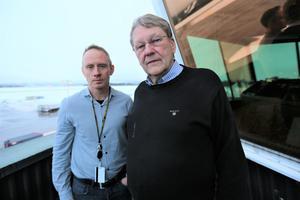 Per Nordahl, flyplatschef, och Lars Rörick, chef för flygledningen på Dala Airport.