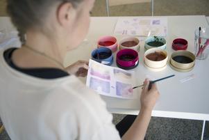 Matsvinnet förvandlas till en härlig färgskala i pastell.