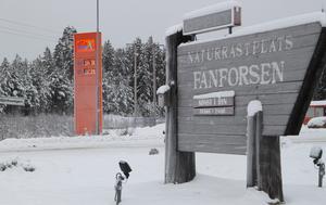 Lokaliseringen av automatstationen vid Fänforsens vackra och välkända rastplats bedöms ha stor strategisk betydelse.