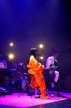 Sabina Ddumba uppträdde i Östersund tillsammans med musikerna Emmanuel Hailemariam, Mats Sandahl och Djara Erlandsson Sow.