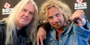 """Biff Byford och Christian """"Kicken"""" Lundqvist har spelat in en skiva ihop. På lördag 1 juni kommer de – och bandet Metal Allstars – till Norrtälje."""