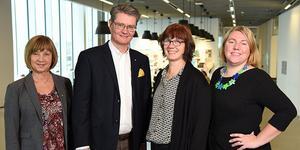 Gun Abrahamsson, Sven Helin, Pia Bro-Nygårdhs och Ida Andersson-Norrie vid handelshögskolan.