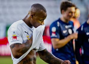 Carlos Strandberg gjorde mål igen men det var inte tillräckligt för att ÖSK skulle ta poäng mot IFK Norrköping. Foto: Johan Bernström / BILDBYRÅN