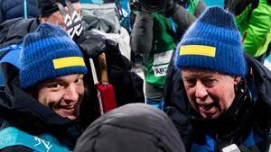 Sebastian Samuelsson får stöd av Wolfgang Pichler – trots att han inte håller med. Foto: Jon Olav Nesvold (Bildbyrån).