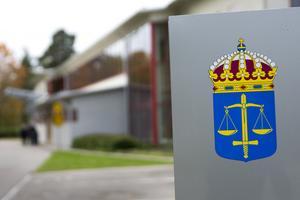 En man från södra Dalarna åtalas vid Falu tingsrätt misstänkt för grovt förtal.