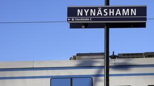 Pendeltågstrafiken är inställd mellan Nynäshamn och Ösmo, från onsdagskvällen den 9 oktober till tidigt på måndagsmorgonen den 14 oktober.