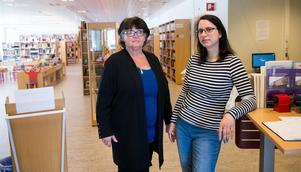 Elisabeth Månsson och Diana Lindeberg jobbar på biblioteket i Kvissleby.