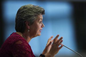 Tilltänkta EU-kommissionären Ylva Johansson frågades ut i Bryssel i förra veckan. Foto: Francisco Seco/AP Photo