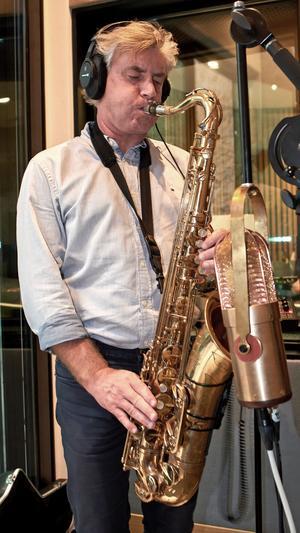 Per Lundgren himself, kapellmästare och saxofonist.
