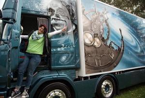 Monika Kesselzing hade rest hela vägen från Davos i Schweiz till ramsele för att vara med på Lastbilsträffen.