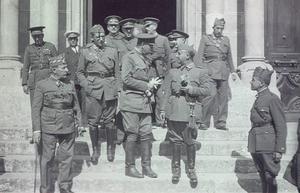 Francisco Franco tillsammans med andra rebeller någon gång mellan 1936 och 1939.Foto: Okänd