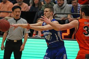 Niklas Larsson lämnar Jämtland Basket för spel i Köping Stars.