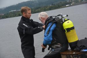Andreas Voss och Kjell Andersson vill ta reda på hur rent vårt dricksvatten egentligen är.