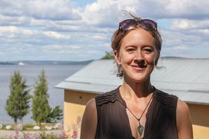 Helena Svartling, regissör till teaterföreställningen