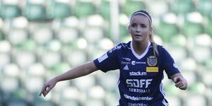 Ellinor Johansson spelade i SDFF i två säsonger – nu lämnar hon klubben för flytt till Stockholm.
