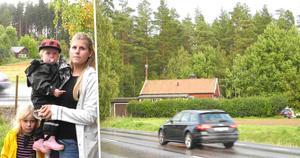 Emma Persson i Karlsbyheden vill ha ett bullerplank – men Trafikverket vägrar lyssna.