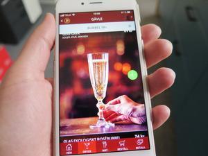 Gästerna på Pinchos beställer själva sin mat och dryck via en app. Under hela tävlingsperioden låg bubbel överst i dryckesmenyn.
