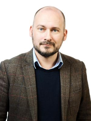 Svend Dahl är liberal skribent med särskilt intresse för partikultur. Fil. dr i statsvetenskap.