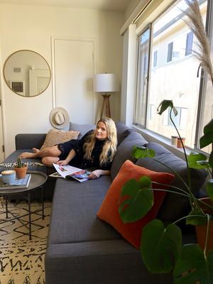 Lina Cedmer jobbar på svenska klädföretaget Odd Molly, som har ett av sina kontor i Santa Monica. Foto: Elisabeth Corcoran