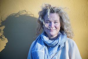 Stina Wirsén ställer ut i konsthallen på Sjöängen.