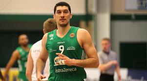 Toni Bizaca var tillbaka i spel efter två matcher på bänken.