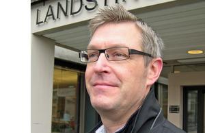 Erik Lövgrens e-postadress har utnyttjats i bedrägeriet.
