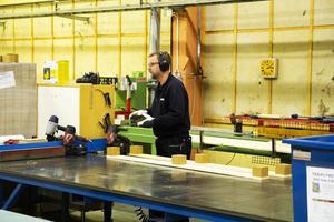 I dag finns cirka 140 anställda vid Nefabs enhet i Runemo.