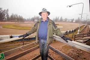 Håkan Bängs, ordförande i Masarna, längtar efter speedwaypremiären.Foto: Karolina Wiborn