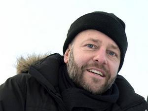 Patrik Collén, 45 år, musikproducent och dj:      – Nej, det har jag inte gjort. Om jag hade varit ensam skulle jag nog suttit och jobbat.