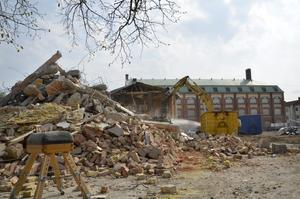 Så här ser Vasaskolans skolgård ut nu i slutet av april.