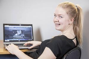 Johanna Grip från Ytterhogdal får Härjedalens kommuns stipendium på 5 000 kronor.